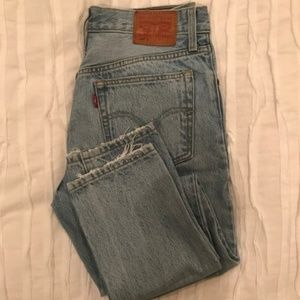 Levi's High Waisted Light Wash Jeans Size 26